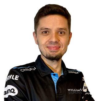 Headshot of Kuba Brzezinski