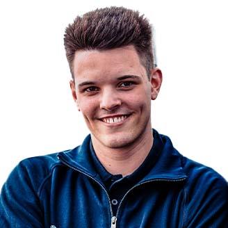 Headshot of Louis Henkefend